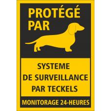"""Табличка """"Охраняется таксой..."""" на французском языке"""